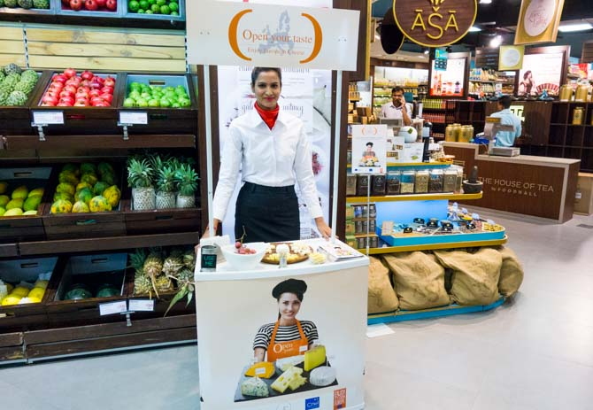 Past Event: In-Store Promotion of European Cheese in New Delhi